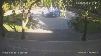 Current or last view from Subotica: Web kamera (Gradska kuća − Plava fontana)