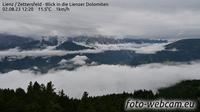 Ultima vista de la luz del día desde Zettersfeld: Lienz − Blick in die Lienzer Dolomiten