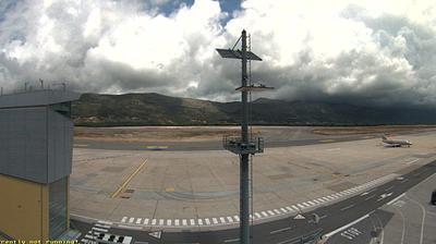 Grusici: Dubrovnik Airport live airport webcam in