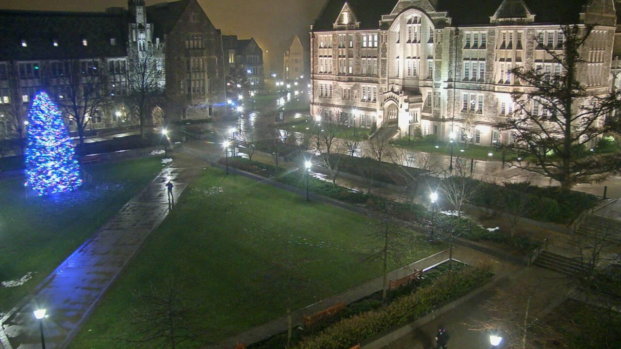 Webcam Chestnut Hill: Boston − University − Plaza