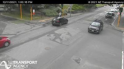 Vista de cámara web de luz diurna desde Queenstown › East: SH6A − Sth