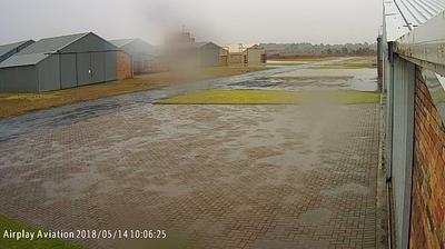 Webcam Springs › West: Springs Airfield