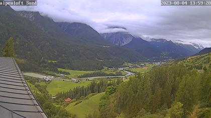 Sins › Süd: Alpenloft 4-8 Bett-Ferienwohnung oder Studio mit Bad Ab CHF 532.- die Woche