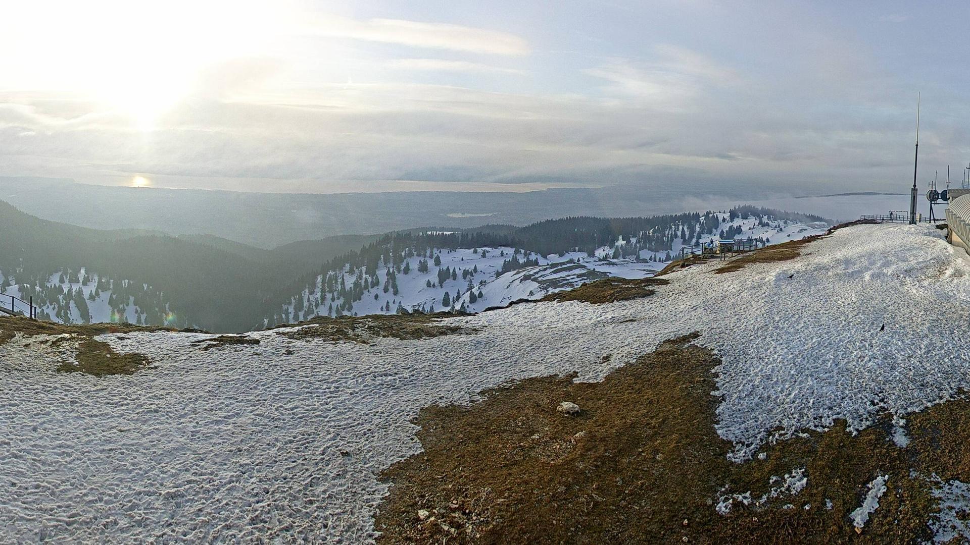 Chéserex - vue vers le Lac Léman et Genève (16 km) -  alt.1200 m