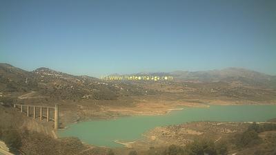 Daylight webcam view from La Viñuela: Viñuela − Málaga