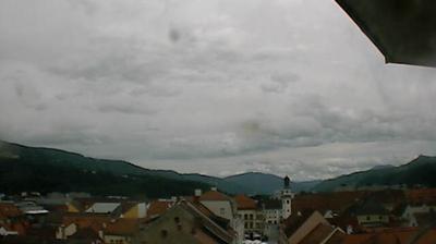 Vista de cámara web de luz diurna desde Leoben: Schwammerlturm − Blick zum Alten Rathaus