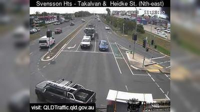 Vista de cámara web de luz diurna desde Oakwood: Takalvan Street & Heidke Street − Svensson Heights (looking north east)