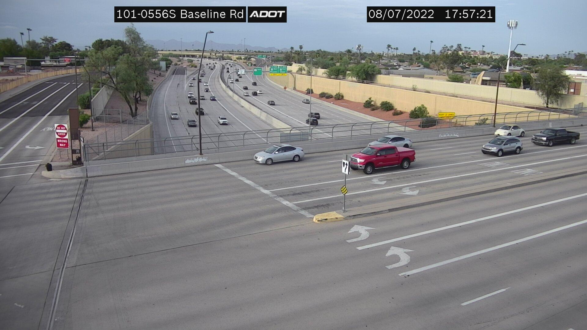 Webcam Knoell East: Loop 101 @ Baseline
