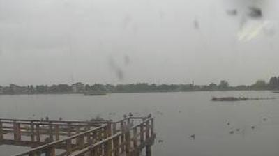 Webcam 水原: Agano − Lake View