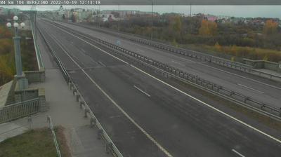 Vue webcam de jour à partir de Byerazino: Berezino M4 104 km