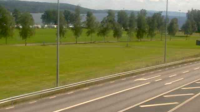 Webcam Rottneros › South-East: Sunne Riksväg 45 vid Kolsn