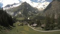 La Fouly: Glacier de l'A Neuve - Mont Dolent - Mont Blanc massif - Day time