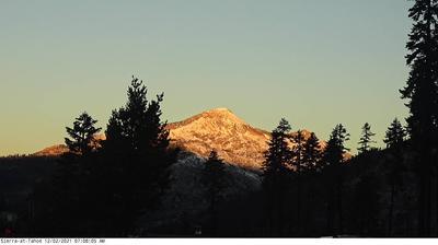 Thumbnail of Air quality webcam at 7:15, Apr 22