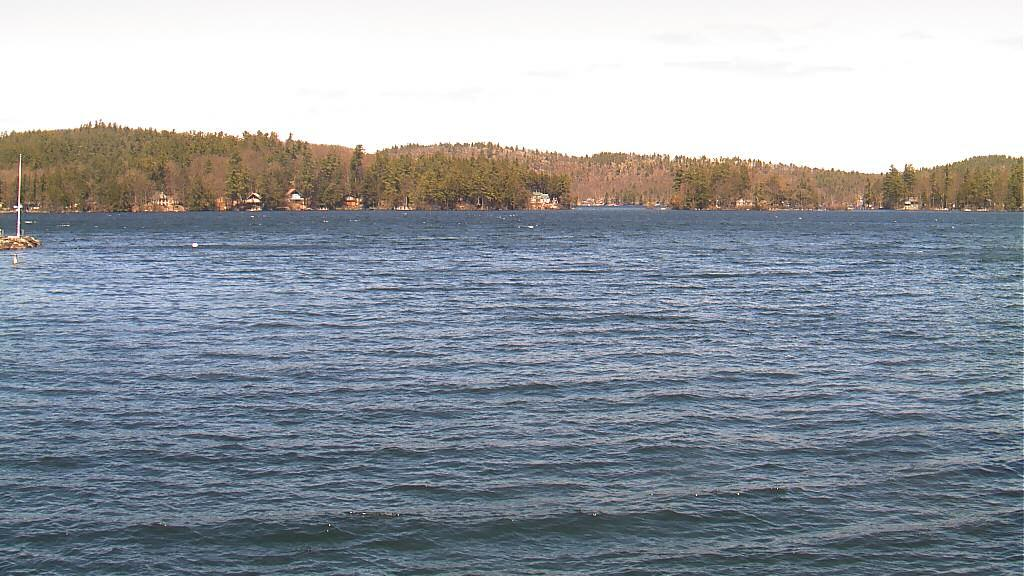 Webcam West Alton › North-East: Lake Winnipesaukee