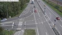 Stuvsta-Snattringe: Rosenhill (Kameran är placerad på  Huddingevägen i höjd med Glömstavägen och är riktad mot Stockholm) - Dagtid