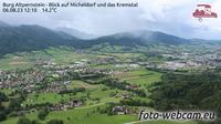 Micheldorf in Oberosterreich: Burg Altpernstein - Blick auf Micheldorf und das Kremstal - Day time