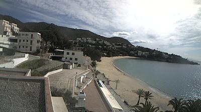 Vue webcam de jour à partir de l'Almadrava: Webcam Roses Costa Brava Almadrava Beach