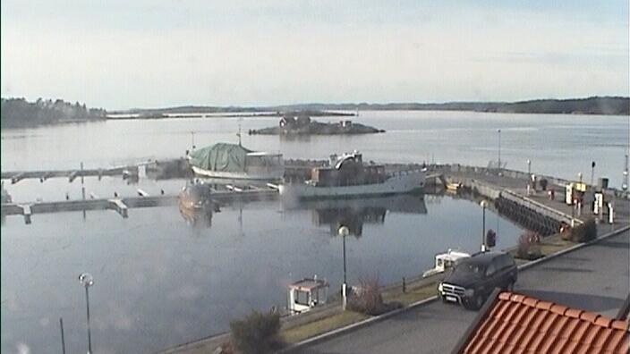 Webcam Larvik: Helgeroa harbour (08)
