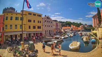 Veli Losinj: the harbor