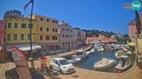 Veli Losinj: the harbor - Dia