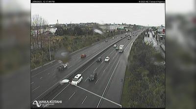 Tageslicht webcam ansicht von MOUNT ROSKILL › North: SH20 May Rd Overbridge