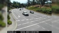 Saanich > South: , Hwy  northbound at - Rd, looking south - Overdag