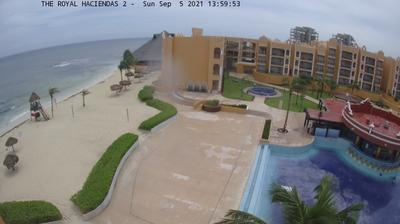 Thumbnail of Playa del Carmen webcam at 9:08, Jan 17