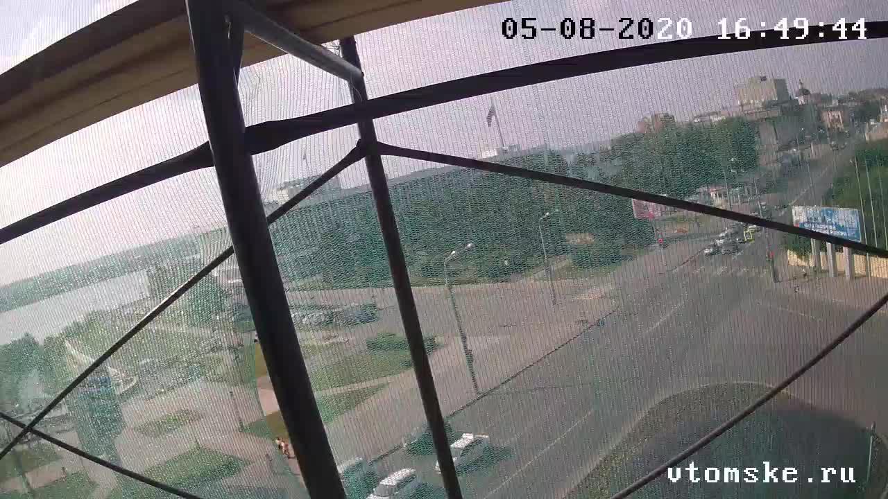 Webcam Tomsk: Пр. Ленина, 111 − 1000 мелочей