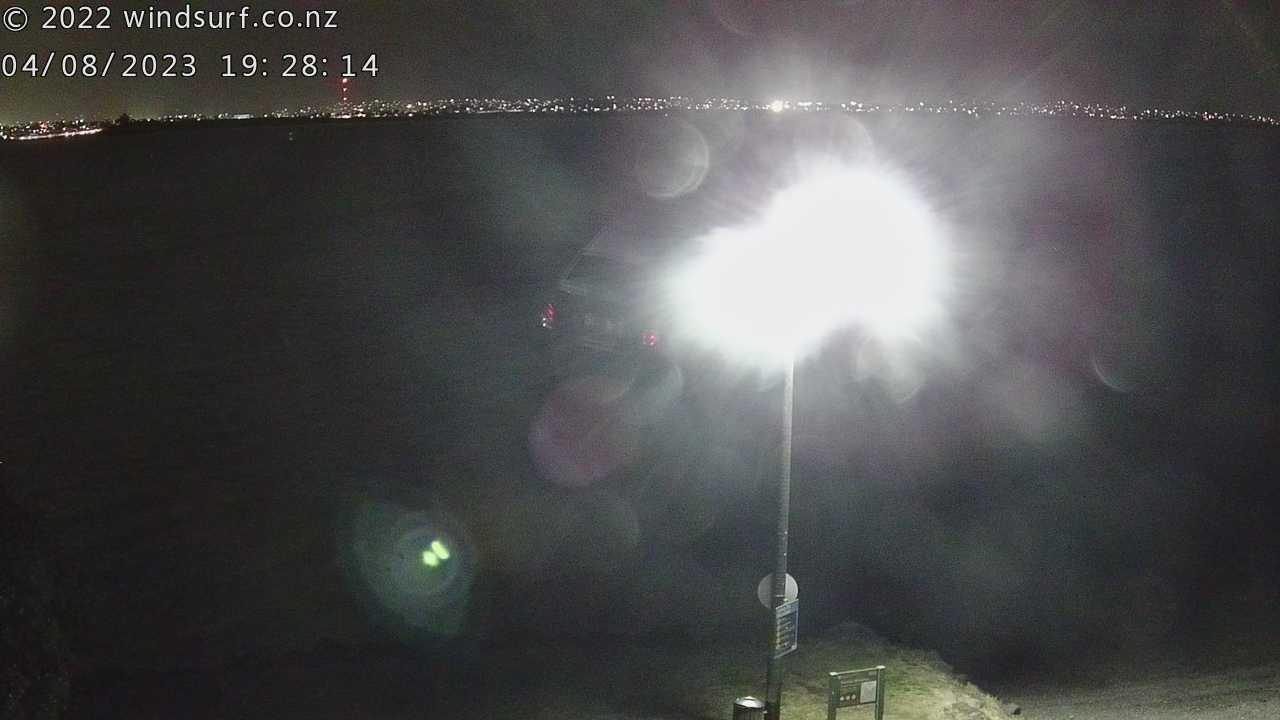 Webcam Auckland: Point Chevalier live surfing weather cam
