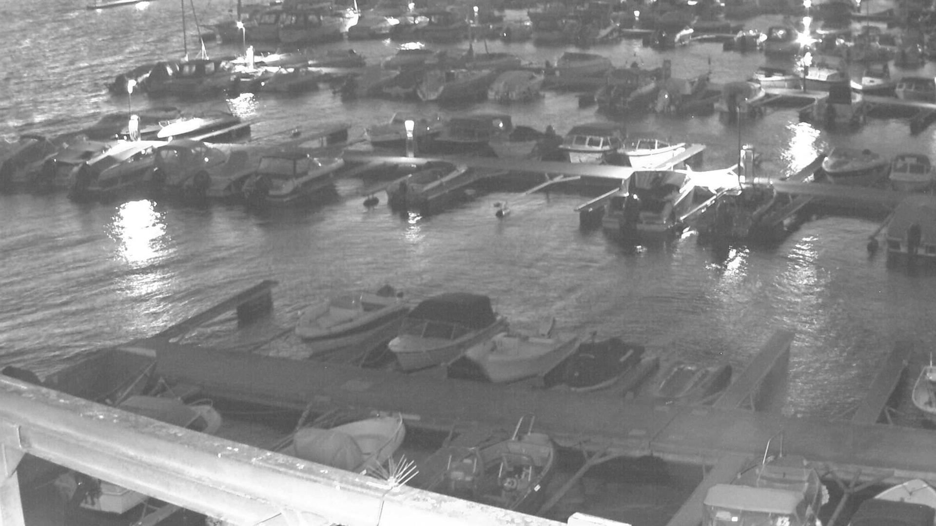Webcam Ursvik: Nesodden − Oksval harbour left