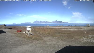 Daylight webcam view from Kapp Linné: Isfjord Radio, Spitsbergen