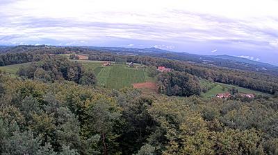Current or last view from Gleichenberg Dorf: Aussichtsturm, Weinwarte St. Peter mit Blickrichtung NO