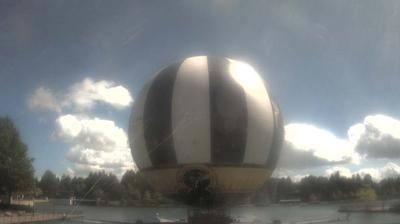 Daylight webcam view from Chessy: Disney's Saratoga Springs Resort & Spa − Downtown Disney Area