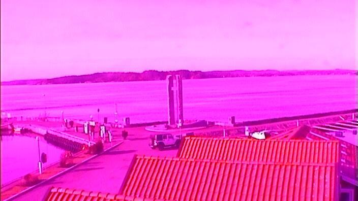 Webcam Larvik: Helgeroa harbour (10)