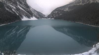 Daylight webcam view from Lake Louise