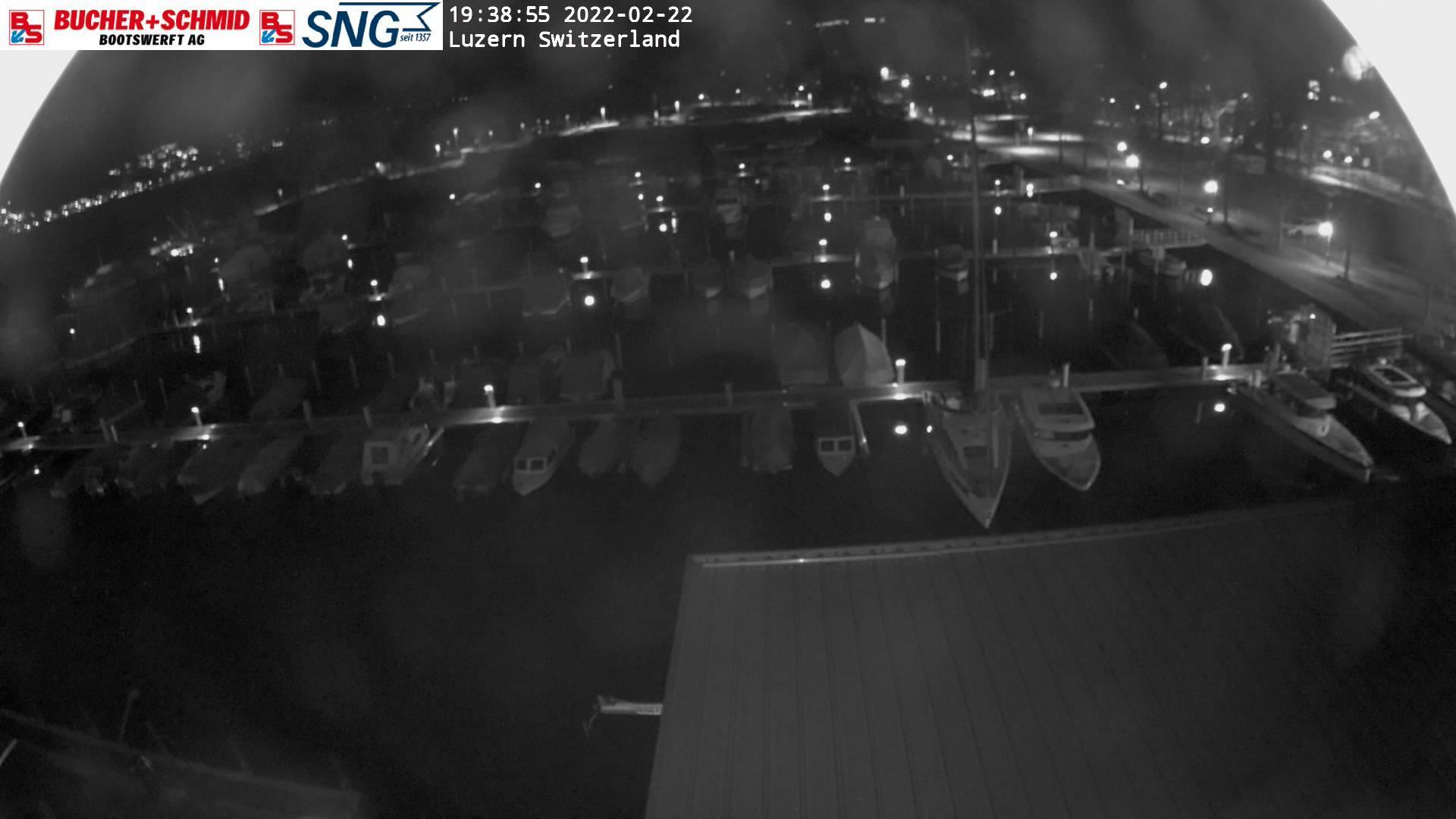 Webcam Lucerne: Bucher & Schmid Bootswerft AG − Blickrich