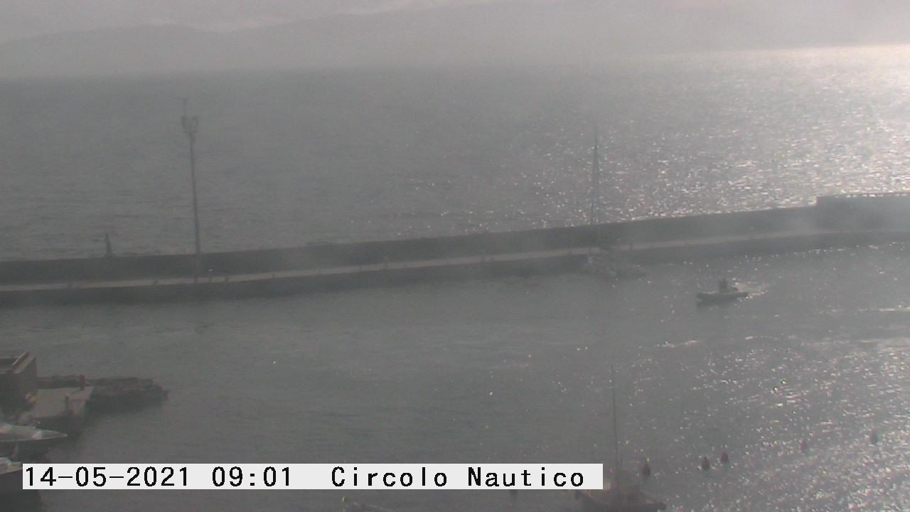 Giglio Porto: Brandeggiante del Porto di Isola del Giglio