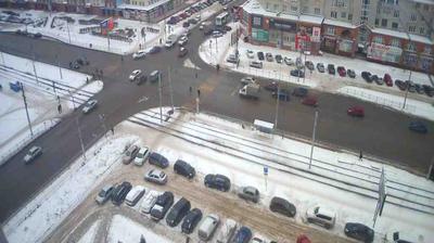 Омск: Перекрёсток ул. Жукова - ул. Маяковского