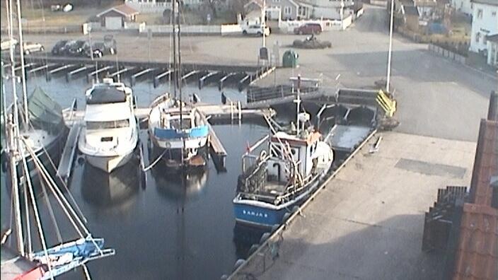 Webcam Larvik: Helgeroa harbour (01)