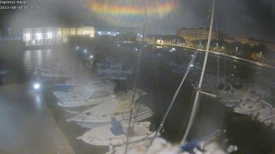 Livorno: Circolo Pesca Nazario Sauro Sea Entrance