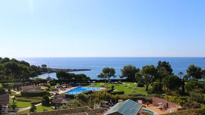 Webcam Mallorca: The St. Regis Mardavall − Resort