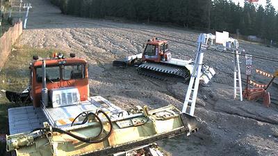 Current or last view from Vartop › North: Vârtop Partia de Ski Partie de schi