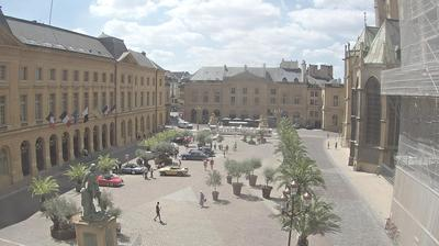 Vista de cámara web de luz diurna desde Metz: Place d'Armes