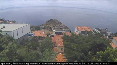 Daylight webcam view from Caniço: Canico − Cristo Rei