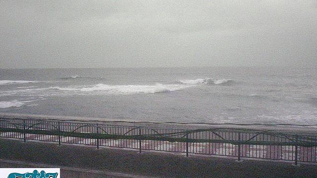 Webcam すなべ: WebCam − NO MADOKARA (Chatan Sunabe Beach)