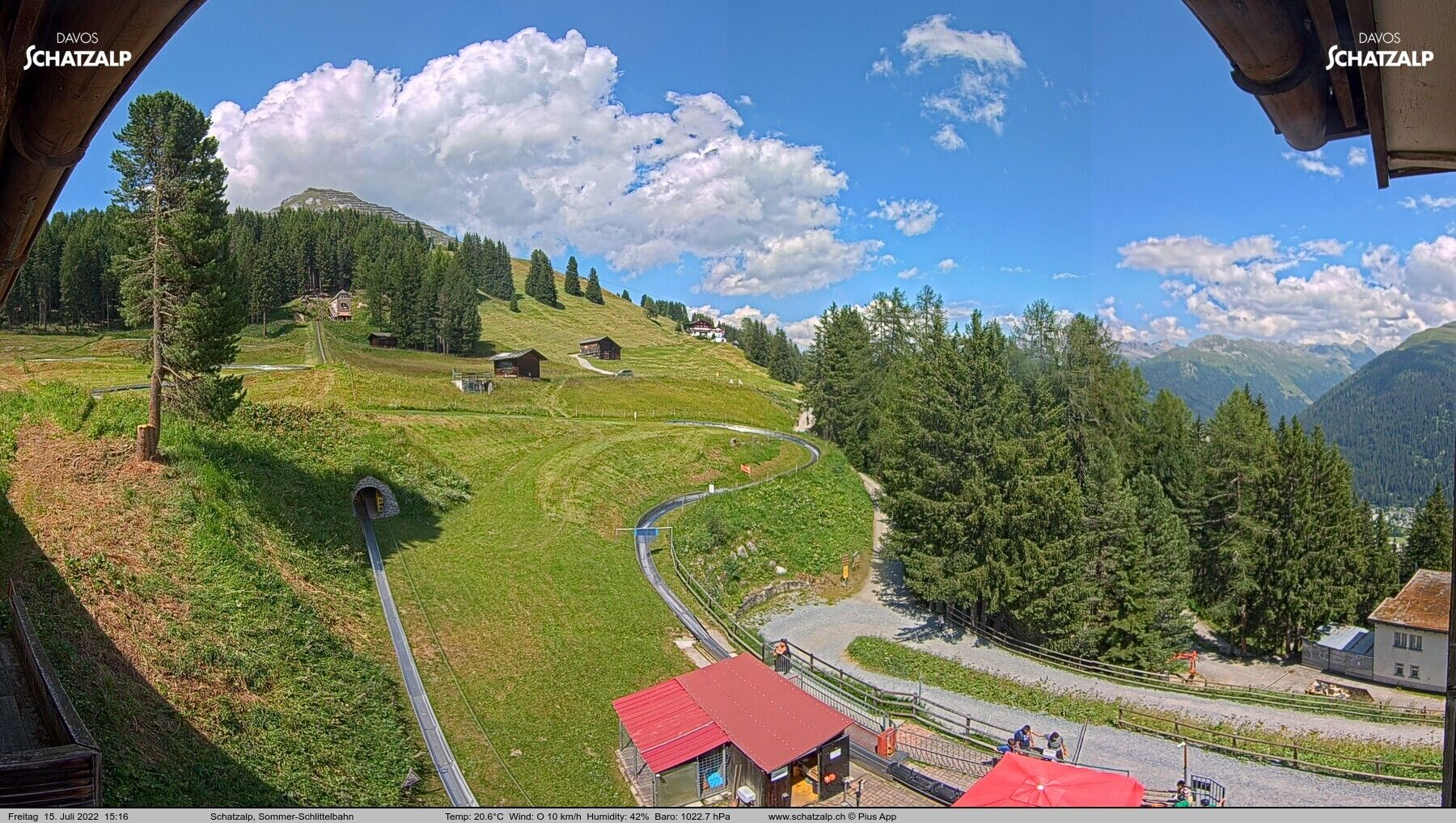 Davos: Sommer-Schlittelbahn, Blick zur Strelaalp