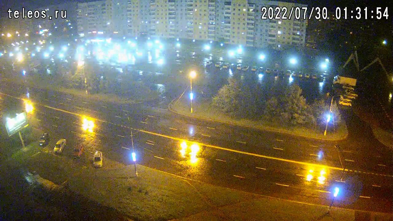 Webkamera Bratsk: ТКЦ « − АРТ»