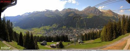 Davos: Platz - Jschalp: Blick auf - und zur Schatzalp