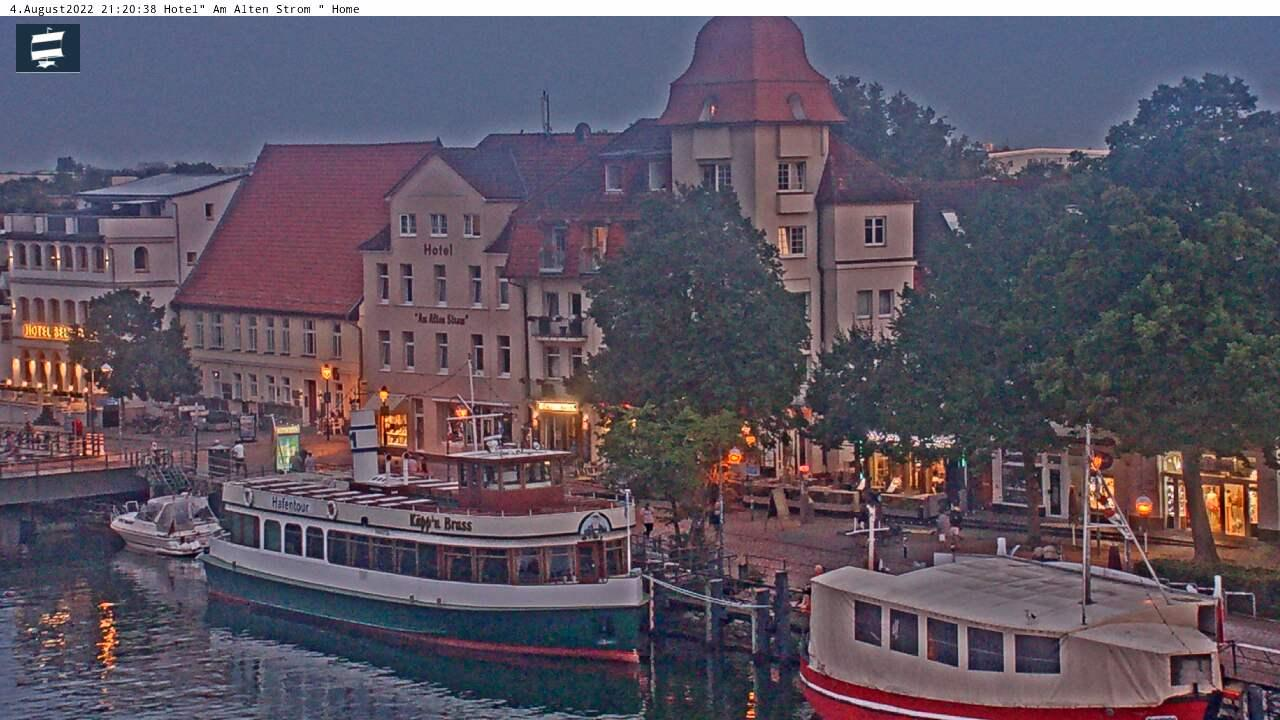 Webcam Warnemünde: Alter Strom − Westmole