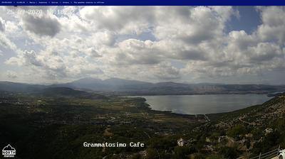 Vue webcam de jour à partir de Ioannina › East: Lake Pamvotis Ioannina − Mitsikeli − Tzoumerka − Lakmos